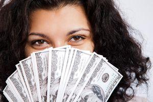 woman-earning-money.jpg