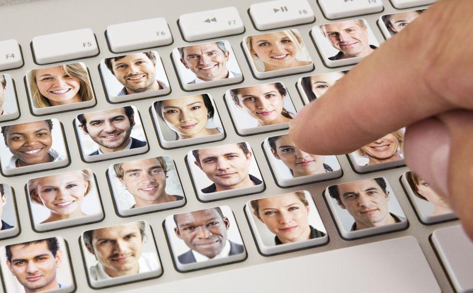 Online Job Hiring