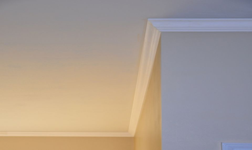 crown molding between wall and ceiling - Ceiling Molding Design Ideas
