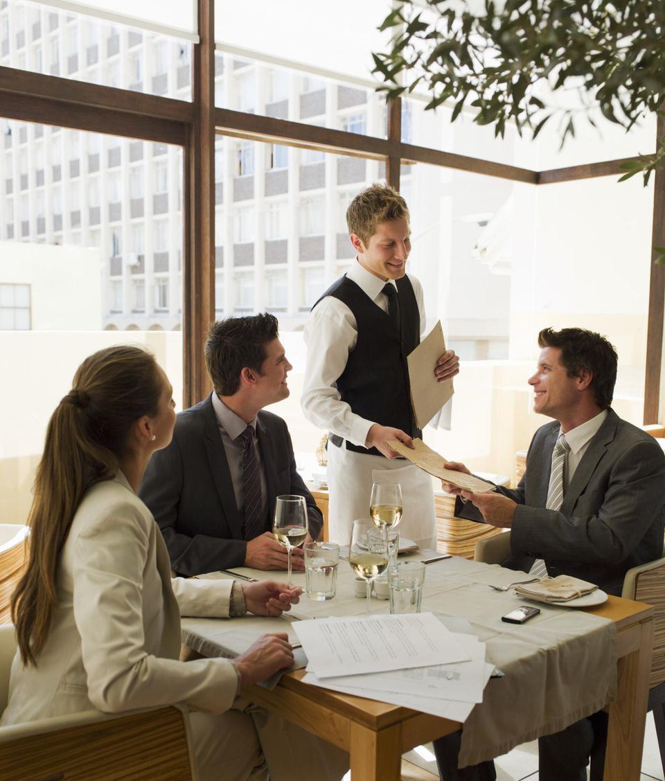 8 Etiquette Mistakes People Often Make