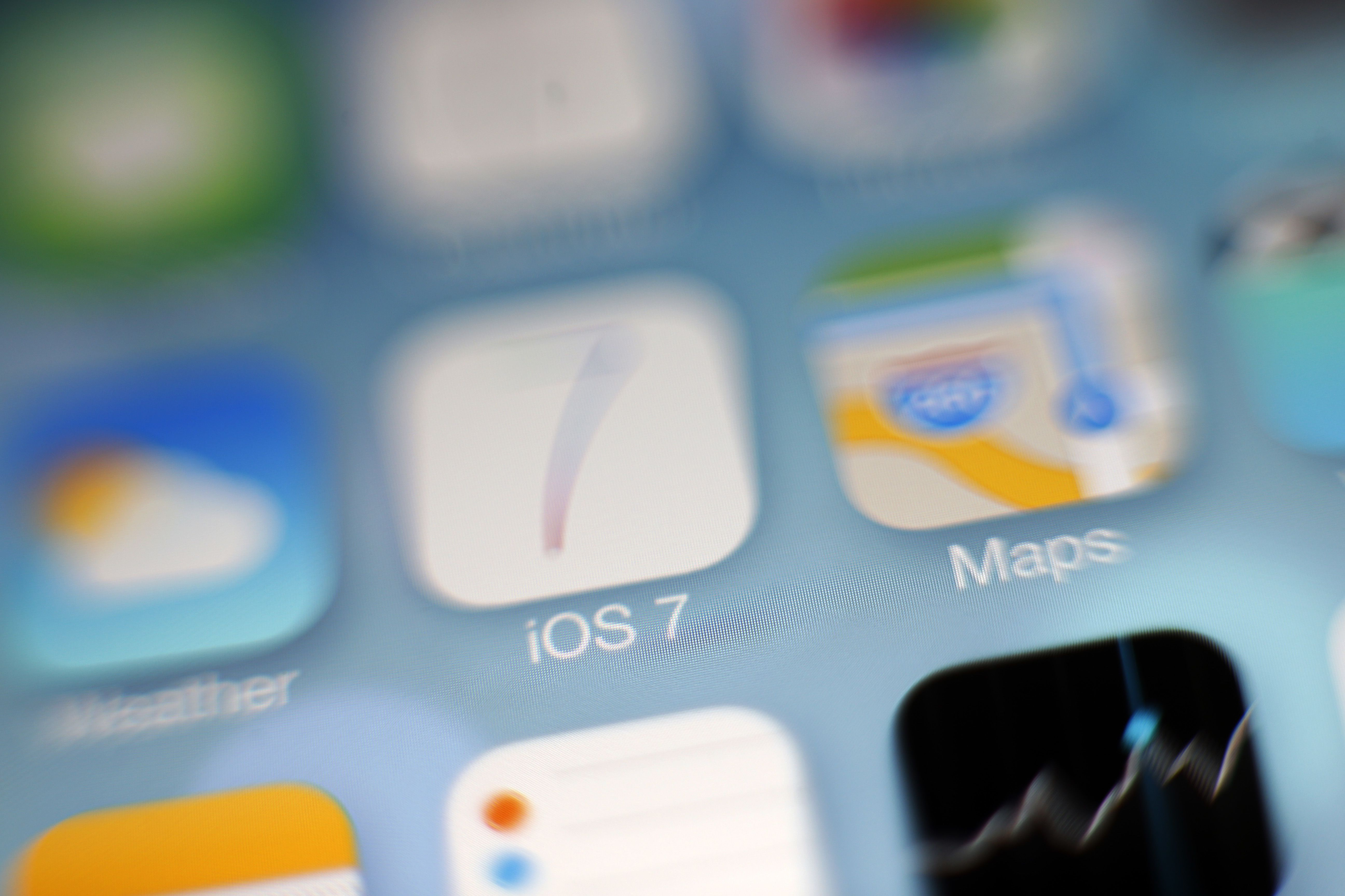 How do i get my iphone screen to rotate is reading the screen in ios 7 difficult buycottarizona