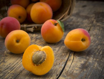 how to make apricot sauce