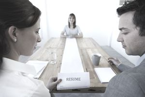 An effective resume can boost a financial advisor's career.