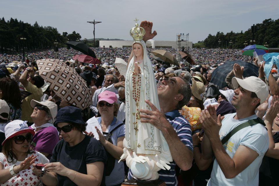 Pilgrims at Fatima Sanctuary on 13 May 2011