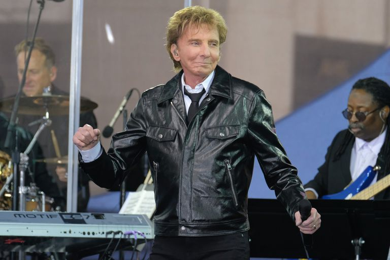 Barry Manilow Performs On NBC's 'Today'