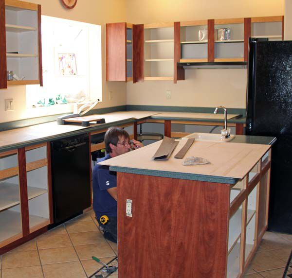Refacing Laminate Kitchen Cabinets: Cabinet Refacing Before And After