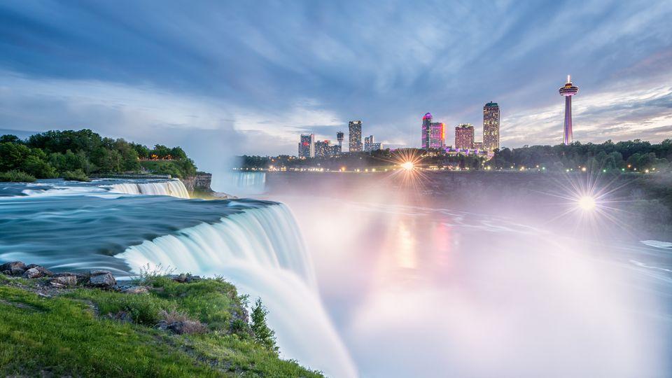 New York Waterfall Tour