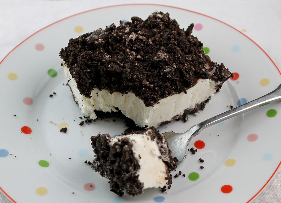 Black and White Frozen Dessert
