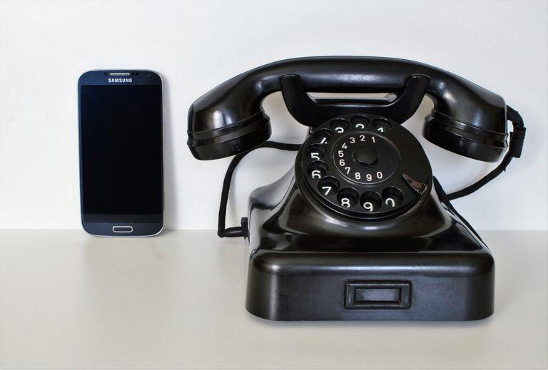 Smartphone and desk telephone