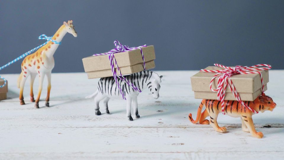 clever ways to wrap gifts