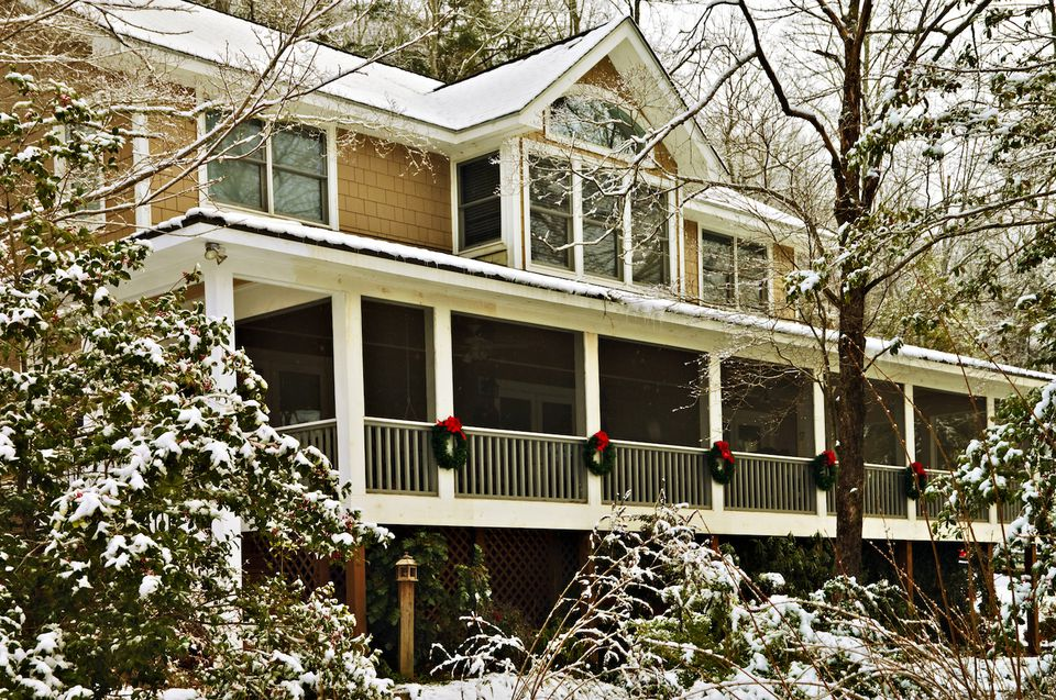 winter curb appeal tips
