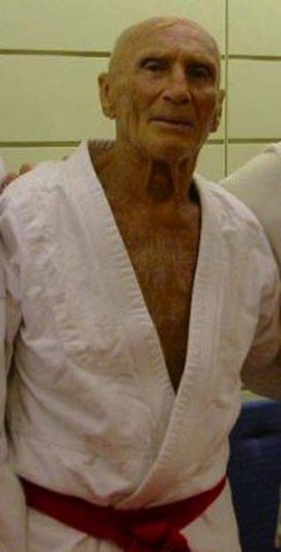 Helio Gracie in 2004.