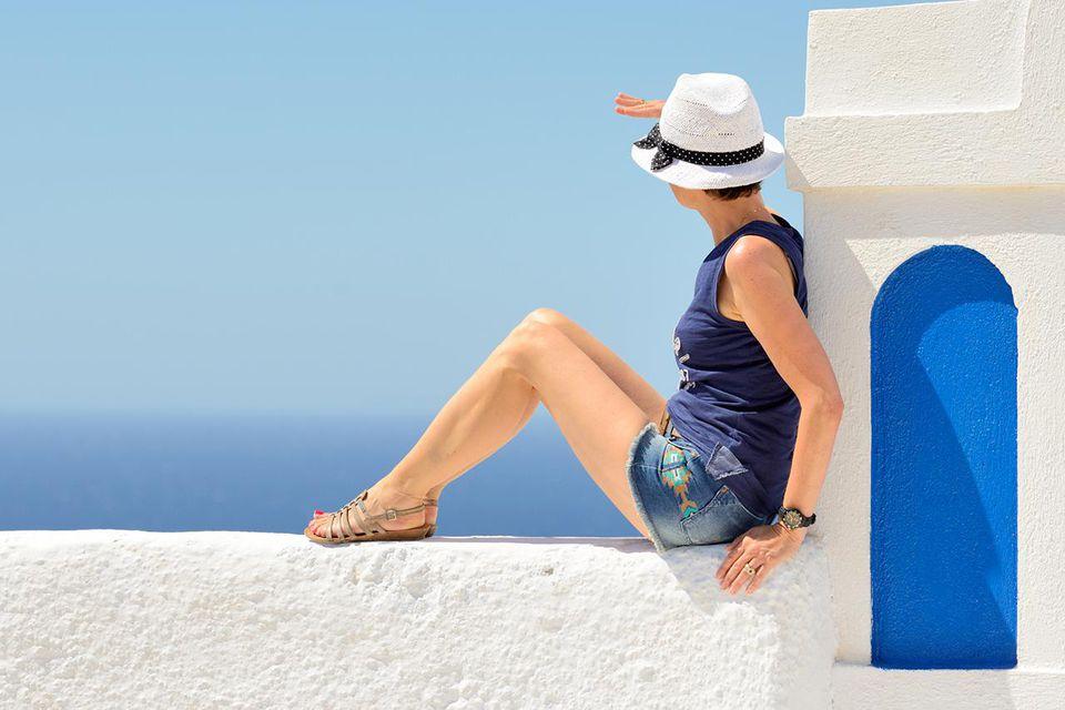 Looking for celebrities in Greece?