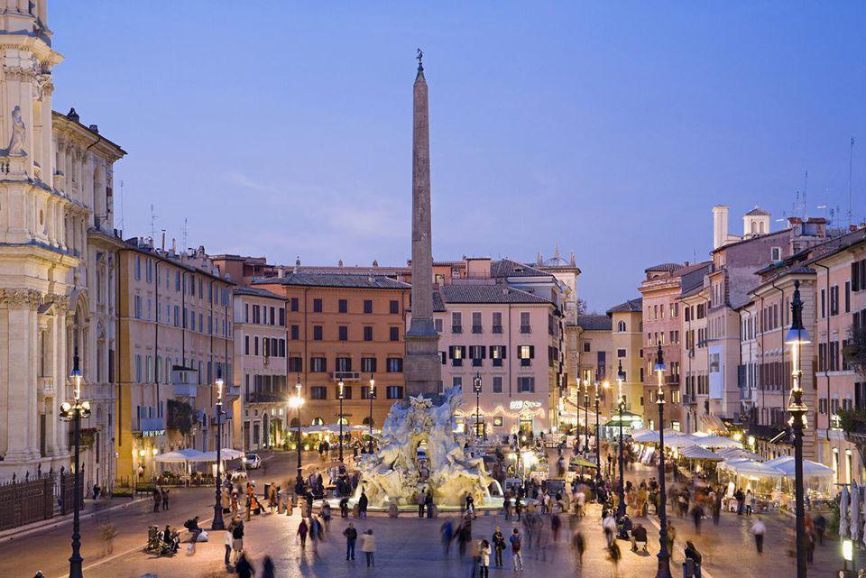 Italy, Rome, Piazza Navona, fountain