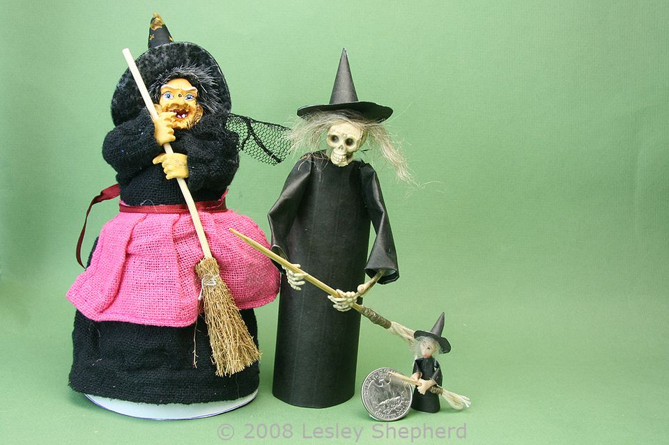 Three witches in dolls house scales, made with printable costumes and fabric costumes.