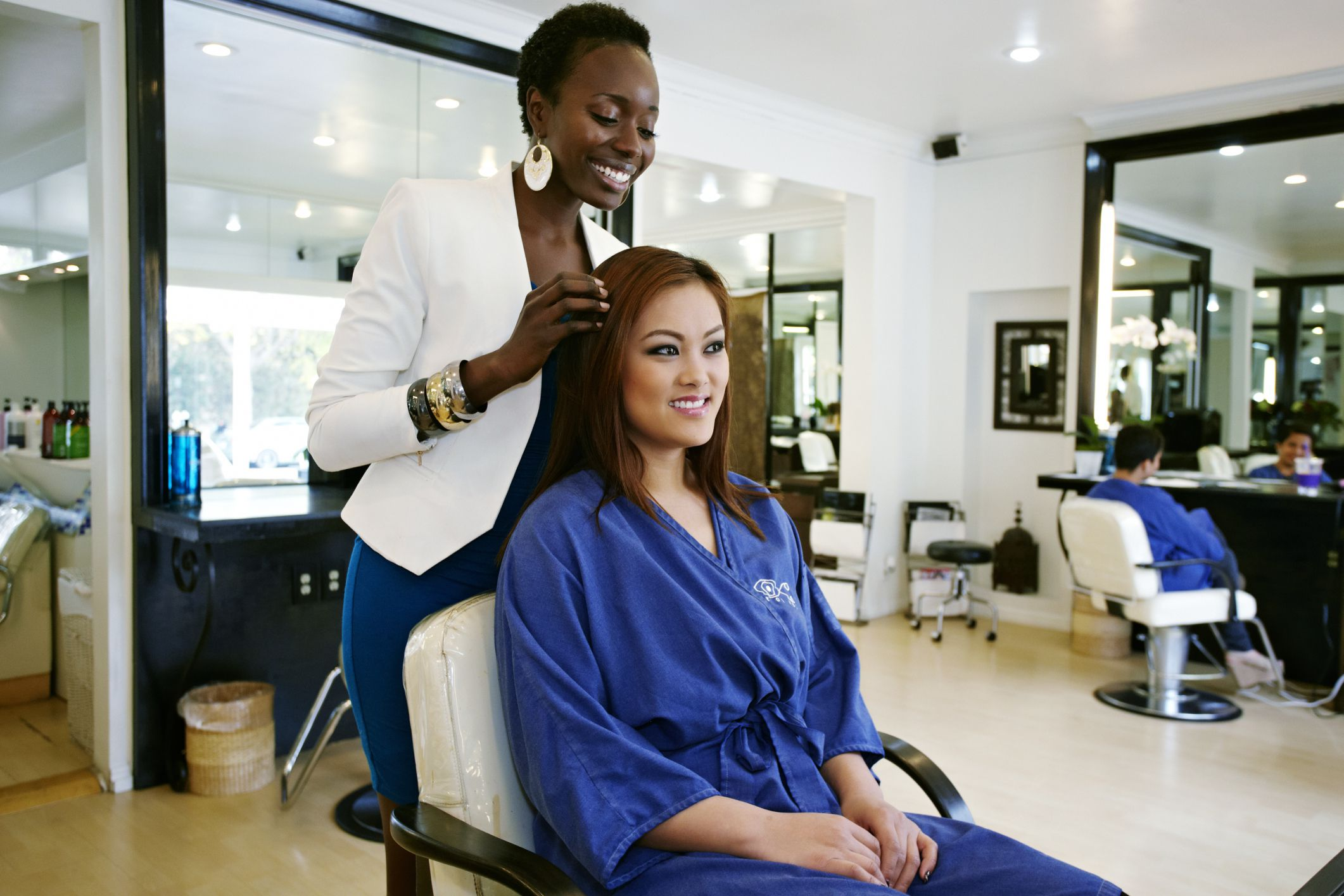 Holiday tipping etiquette to beauty professionals should you tip the owner of a salon urmus Choice Image