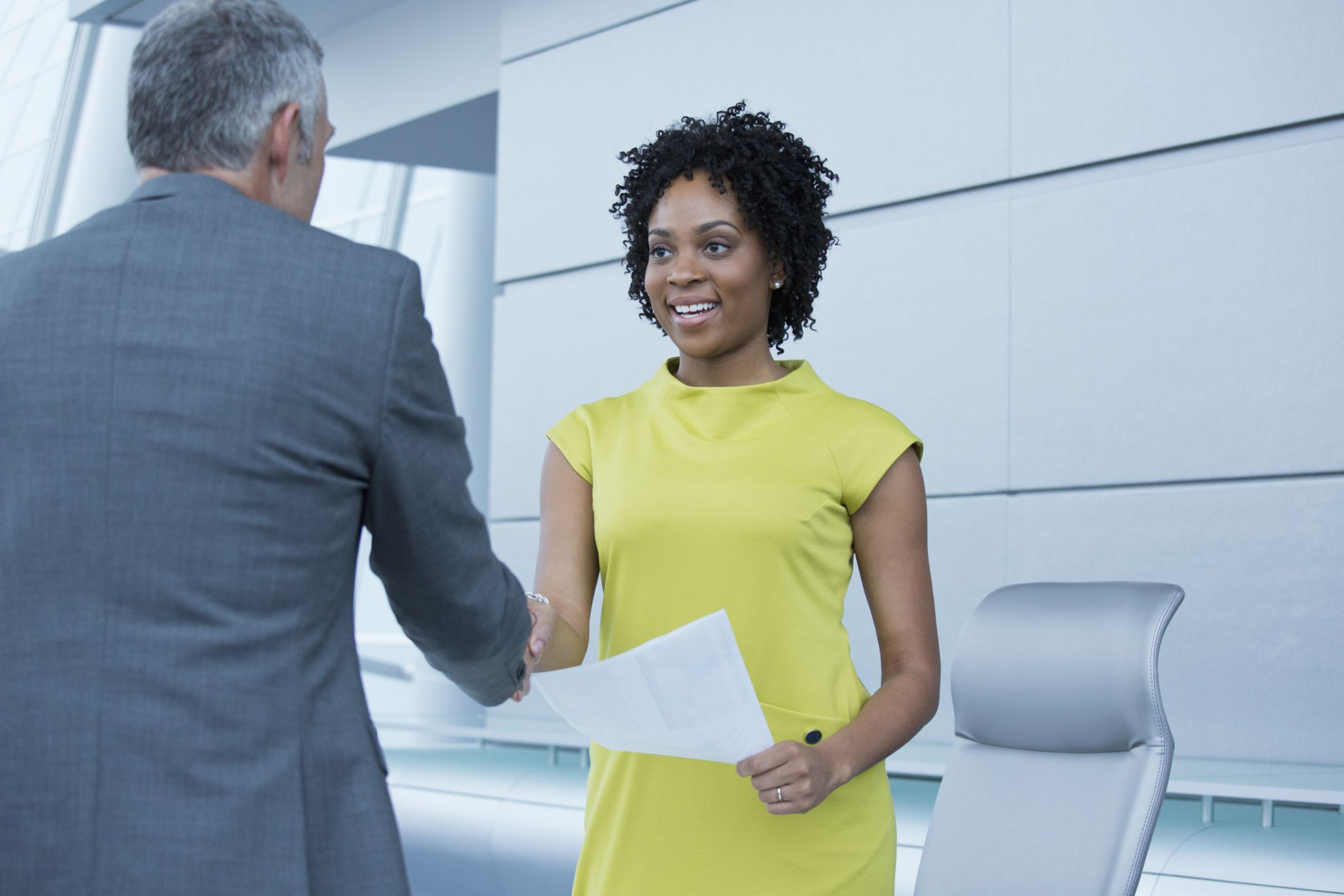 personal view nonverbal communications Body language is a mix of gestures,  view our corporate solutions  body language refers to the nonverbal signals that you use.