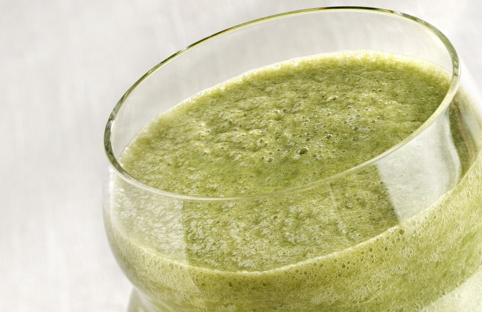 Green smoothie with mango