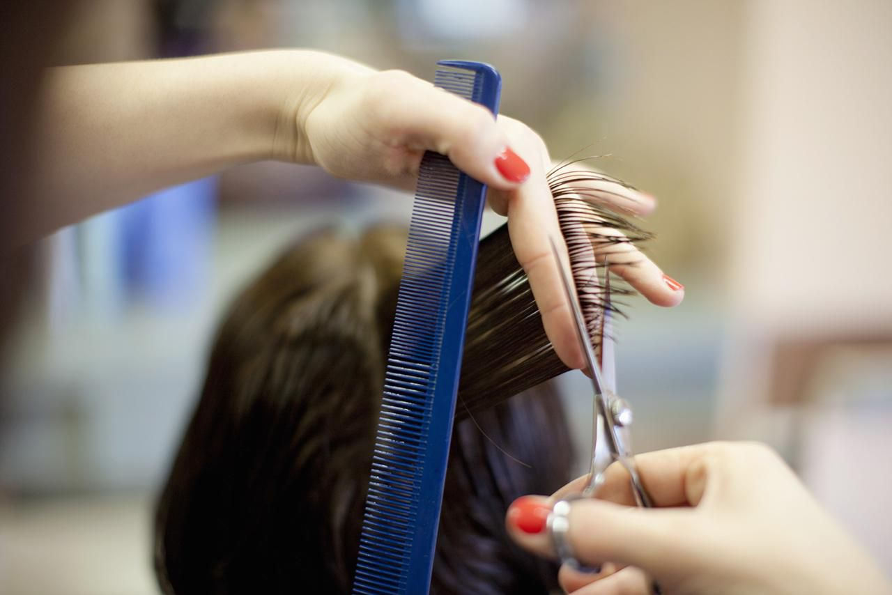 How To Save Money On Haircuts And Hair Color