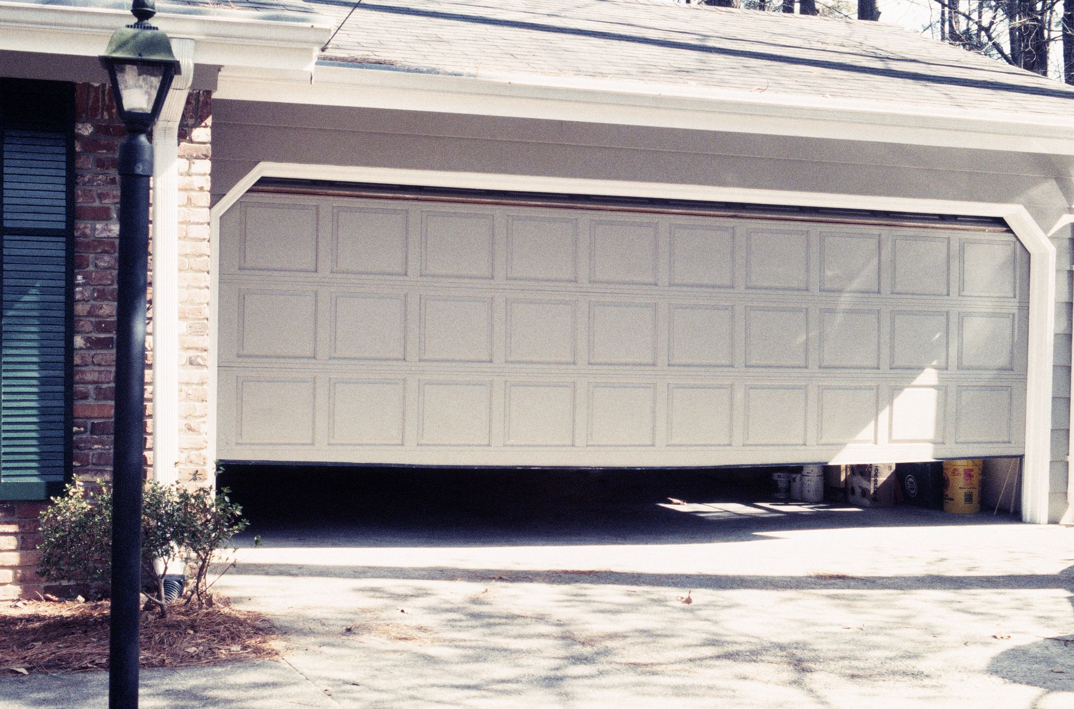How to determine garage door sizes for Height of a garage door