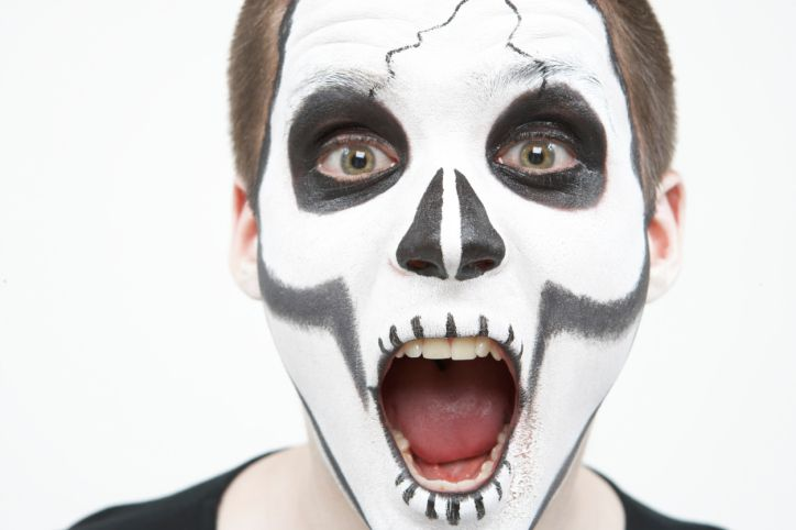 You can make your own safe and natural Halloween face paint.