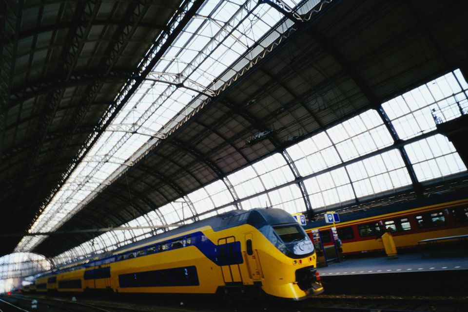 Train in Centraal Station