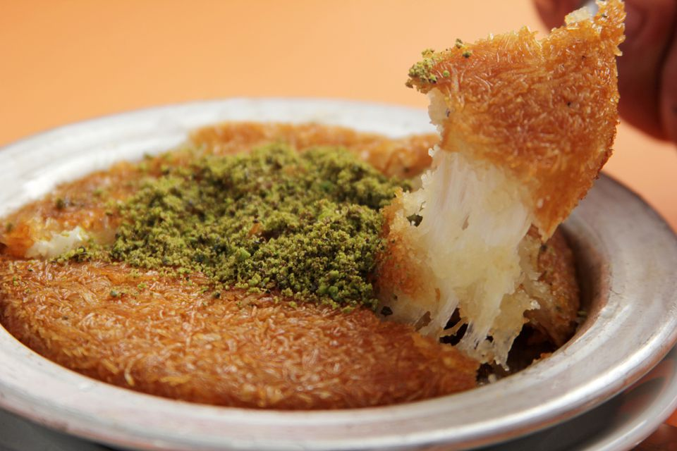turkish künefe dessert