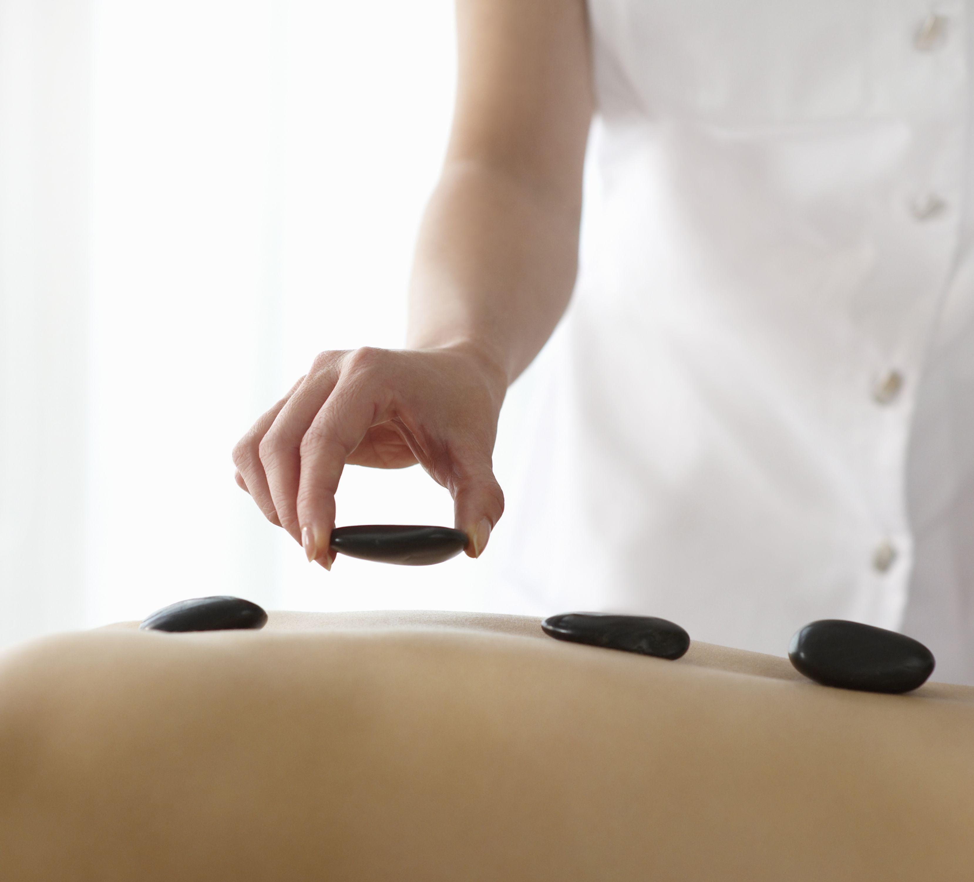 Does hot stone massage hurt-1627