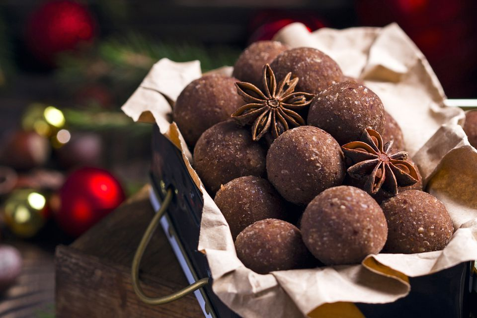 chocolate rum balls holiday treat