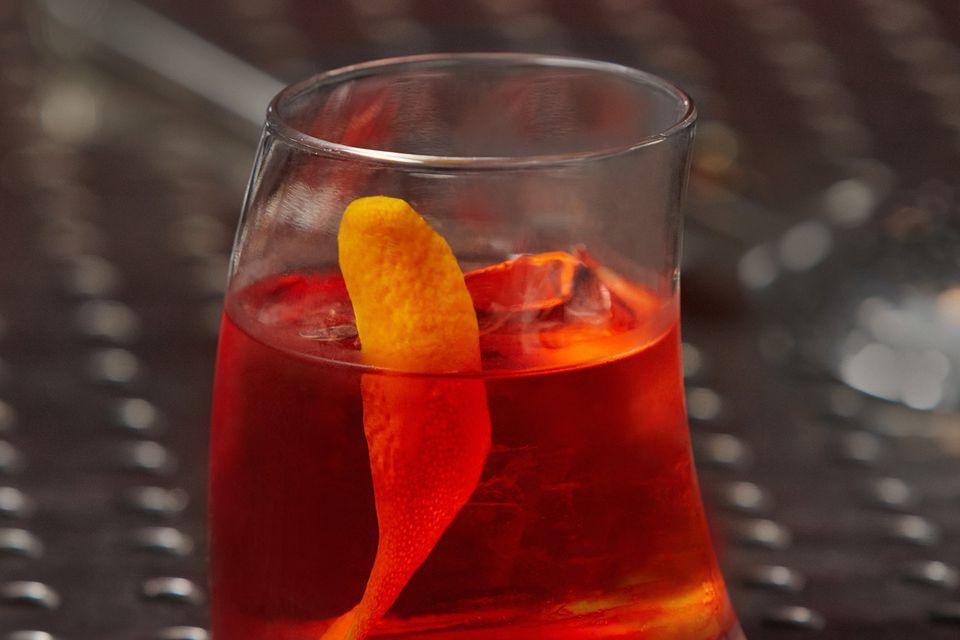 Sauza 901 Mixologist Eddy Buckingham's Tequiliano Cocktail Recipe