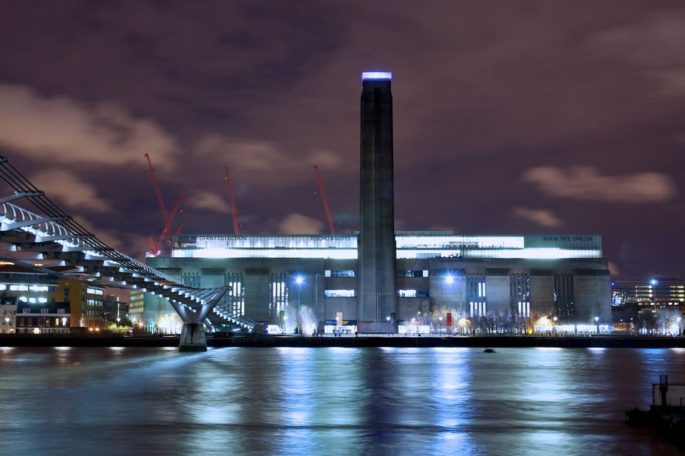 Poor Audio Guide: Great Museum - Review of Tate Modern ...