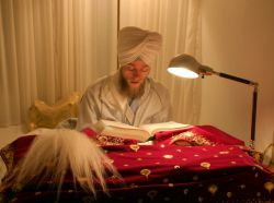 Singh Reading Gurbani