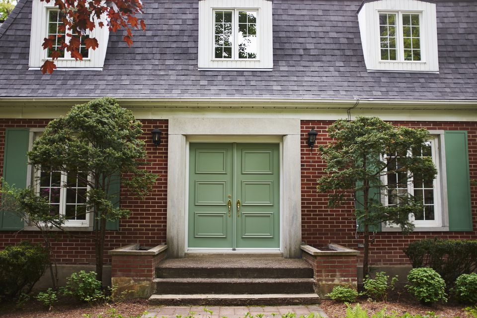 Find Feng Shui Decor Solutions for Your Front Door