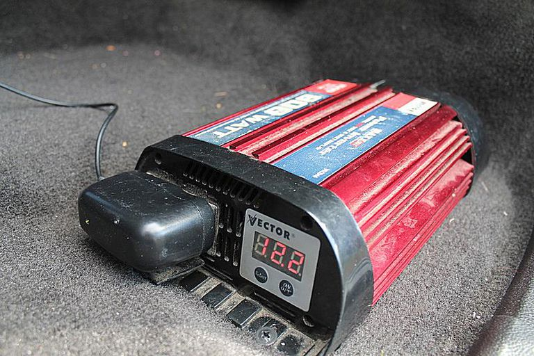 Car Power Inverter That Can Handle A Gaming Laptop