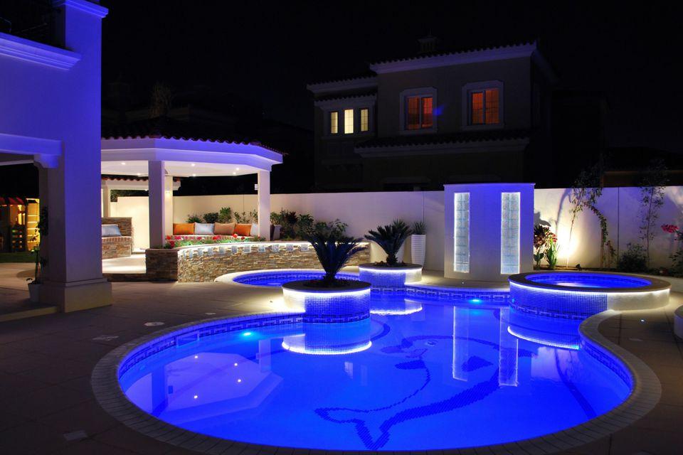 25 beautiful modern swimming pool designs. Black Bedroom Furniture Sets. Home Design Ideas
