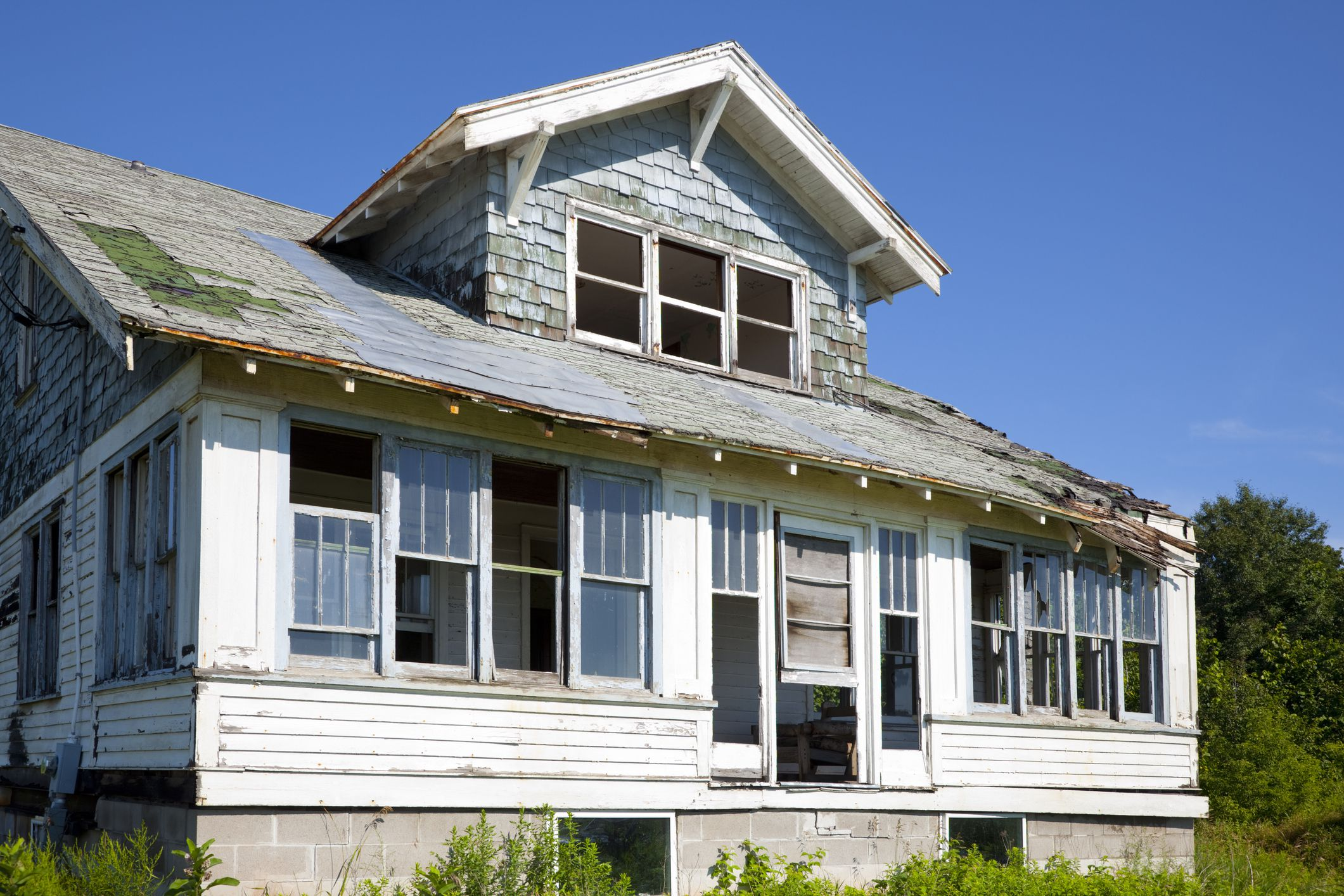 A guide to buying a fixer upper home for Home builders guide