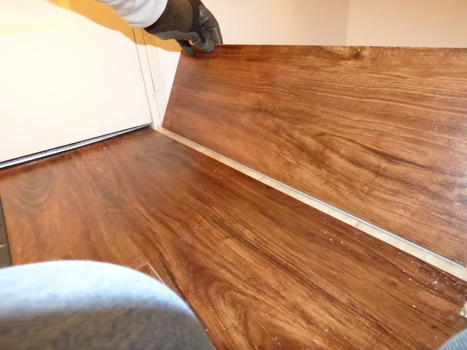 installation to vinyl flooring youtube install plank watch floors how