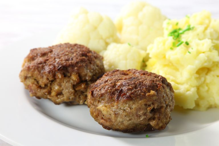 meatloaf and mashed cauliflower