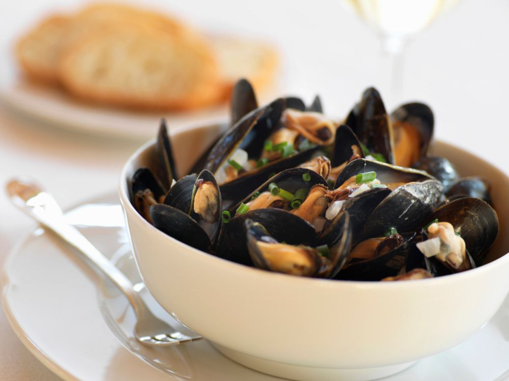 Cooking Mussels Tips On Buying Cleaning And Storing