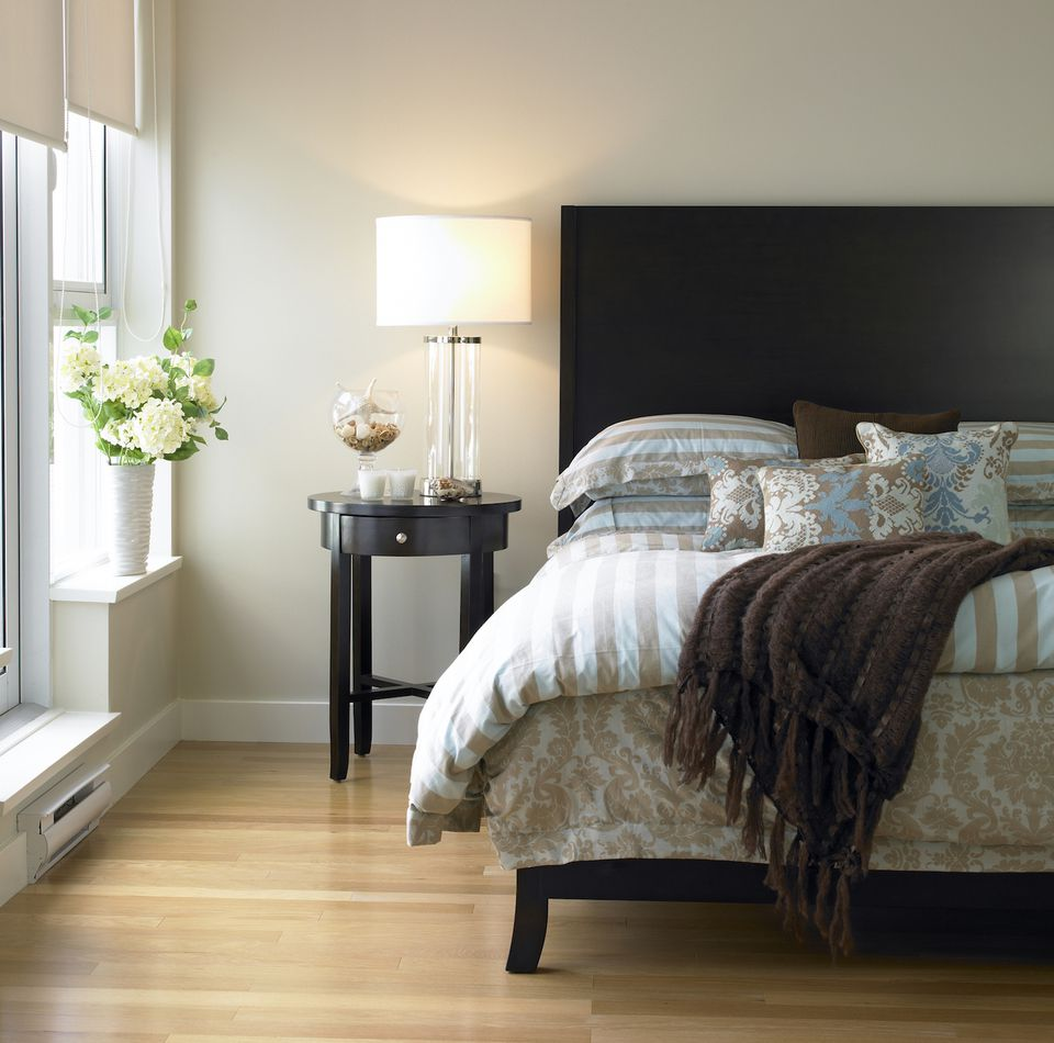guest bedroom furniture tips