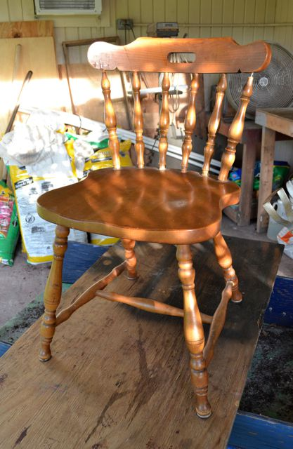 Painting Wooden Outdoor Furniture