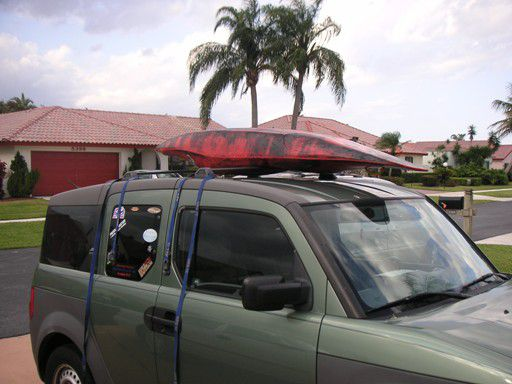 Kayak On Roof >> How To Strap A Canoe Or Kayak To A Roof Rack