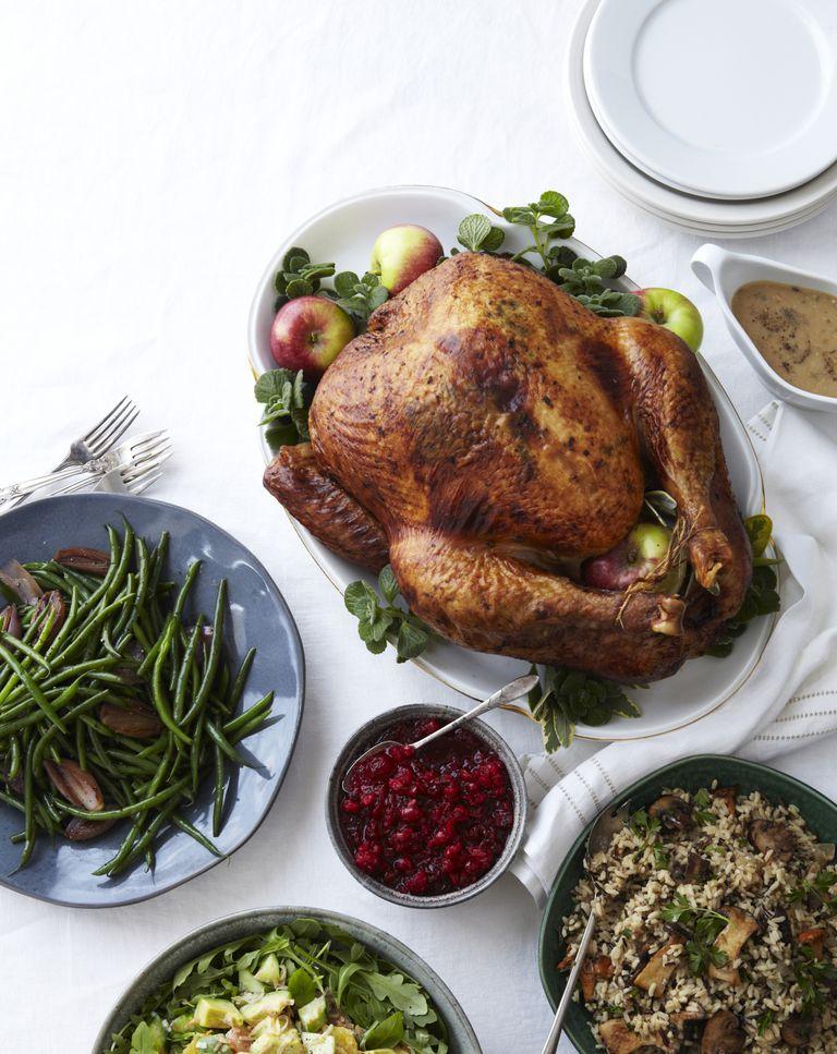 holiday-meal-food-healthy-Iain-Bagwell.jpg