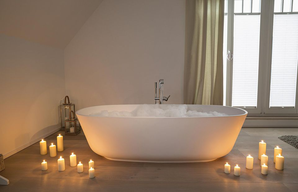 bubble bath and candles