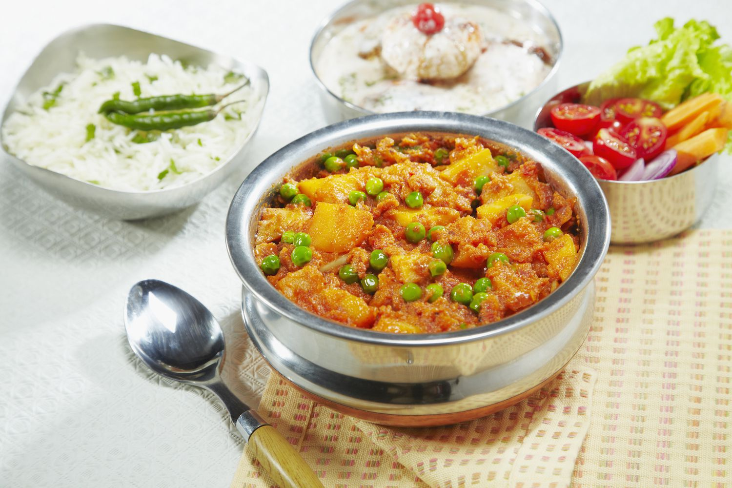 Vegan aloo matar indian potatoes and peas recipe forumfinder Gallery