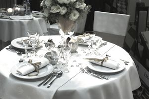 Do you need tablecloths for your restaurant?