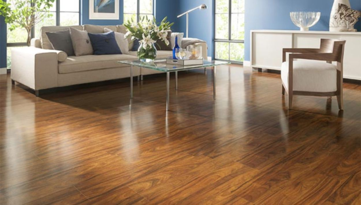 Lowe 39 s style selections laminate flooring review for Laminate floor coverings for kitchens