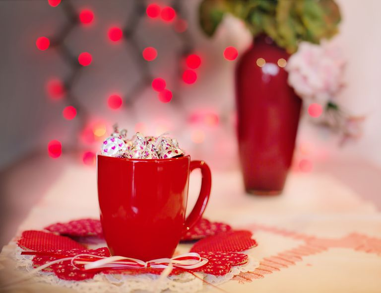 promote valentine's day at your restaurant, Ideas