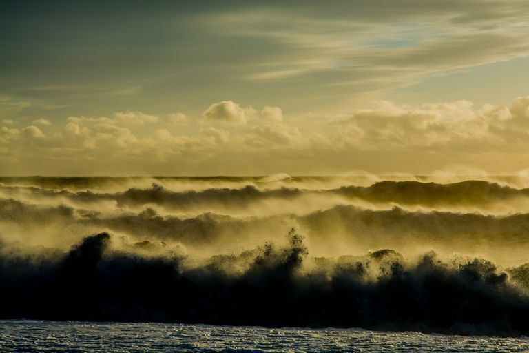Storm waves erode beaches, particularly in the current context of sea level rise.