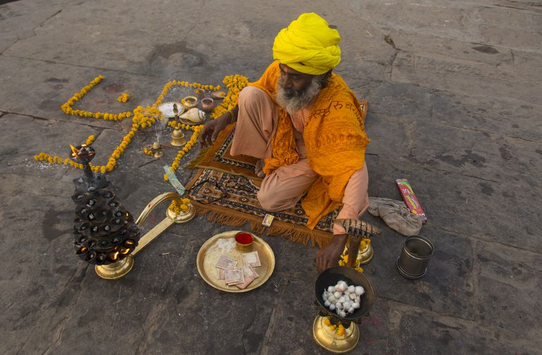 Arti or ritual worship to the Mother Ganges River, Varanasi, formerly Benares, Uttar Pradesh, India